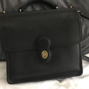 Vintage Coach Willis Station Bag Black
